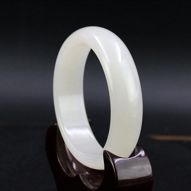 天然新疆和田白玉手镯 正品女款玉镯子特价 羊脂级白玉手镯 带证书 圈口 52mm