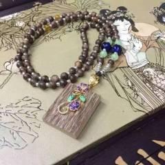 磊鑫珠宝行   印泥沉香牌搭配马来西亚链子   时尚饰品
