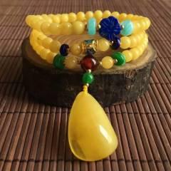 天然蜜蜡绕三圈手链!蜜蜡直径5.5mm,蜜蜡水滴重3.2克左右,总重14.2克左右