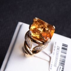 唐婉珠宝  18K金黄水晶戒指   重量11.74g   时尚饰品黄水晶戒指