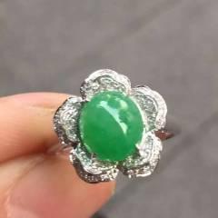 雅翠缘  新出辣绿花款戒指,色辣饱满,时尚大方,超值上手超漂亮
