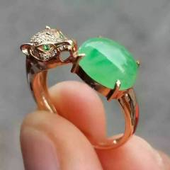 雅翠緣  冰種滿綠戒指翡翠戒指 完美 裸石尺寸9×7.8×4mm 秒殺價 超值