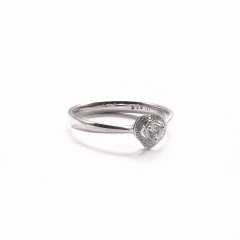 金九福   钻石戒指 总质量1.7232g 主石0.104ct/1 副石0.038ct/20