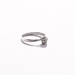 金九福   钻石戒指 总质量2.0831g 主石0.131ct/1