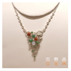 翡翠925银镶嵌项链