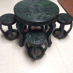 碧玉小圆桌