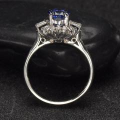 沃晶的世界\绝美豪华斯里兰卡蓝宝戒指,pt900铂金镶嵌完美无瑕