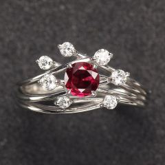 沃晶的世界  个性单品~缅甸红宝石戒指  ,款式新颖~独家定制~色美~体净!