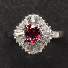 沃晶的世界  絕美緬甸紅寶石戒指   拍不出它的美  pt900鉑金鑲嵌