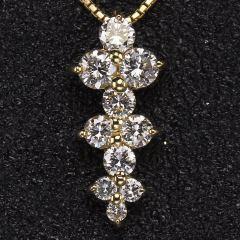 沃晶的世界  18k金镶嵌钻石坠!简单优雅重0.595克拉,整体规格16.5x7.5mm