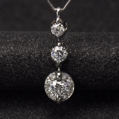 沃晶的世界  精致唯美钻石坠~G色  净度VVS,pt900铂金镶嵌