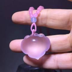 虹润珠宝商行 水晶吊坠天然粉晶雕刻如意锁吊坠,粉嫩粉嫩的,晶体干净通透,做工精细,