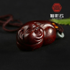 廠家直銷 印度小葉紫檀手把件 招財豬掛件 做工好 雕刻精致