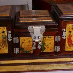 南海明珠  四大美女金丝楠木镜箱
