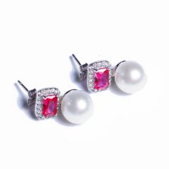 嘉和珠宝 S925银红宝石款耳钉  8-9mm正圆无瑕淡水珍珠
