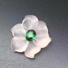 斯里蘭卡沙弗萊配粉晶花瓣 胸針 主石:2.02ct