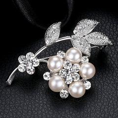 气质百搭时尚胸针 人造珍珠水钻叶子 配装配饰品开衫配件