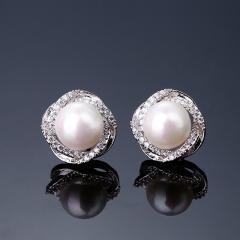 珍珠耳钉 925纯银镶钻耳环女日韩国时尚气质简约个性防过敏耳饰品 珍珠耳钉 925纯银针 银白 时尚