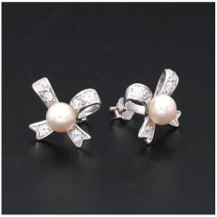 新款浪漫蝴蝶结珍珠耳钉精品s925纯银日韩简约大方个性耳环女7102 白色系珍珠 6-7mm