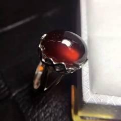爆款回归又简单又有韵味的一款特级石榴石上手效果美极了,自留首选戒面尺寸长14宽10,