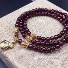 盛瑞特珠宝行  二级石榴石手链  搭配欧币  4.5mm