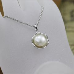 银儿缘  荷叶珍珠纯银吊坠时尚项链