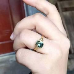 爱佳珠宝    黄蓝绿相间蓝宝石  戒指