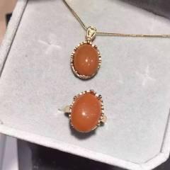 愛佳珠寶  柿子紅南紅套裝  項鏈戒指