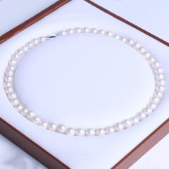 御鑫骋珠宝 白色正圆精美珍珠项链 淡水珍珠8-9mm 正圆微暇