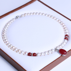 御鑫骋珠宝 红玉挂坠精美珍珠项链 淡水珍珠8-9mm 超亮微暇