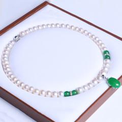御鑫骋珠宝 绿玉挂坠精美珍珠项链 淡水珍珠9-10mm 正圆微暇