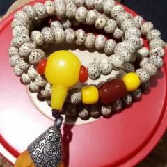 菩提居珠宝行  【星月菩提手串】范冰冰款,老籽6#8星月菩提。搭配黄玉髄,红玉髄。