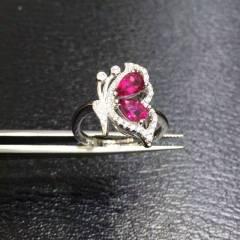 银镶天然碧玺戒指,石尺寸4*6,活口设计