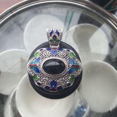 S925银天然蓝宝石吊坠
