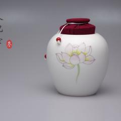 荷花茶仓新彩纯手绘布艺罐