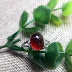 瑾瑜珠宝  石榴石简约款️美丽动人 戒指,戒面尺寸长10宽8,天然石榴石内含矿物质,