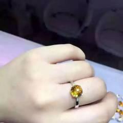 玉博源  巴西黄水晶  裸石尺寸  圆8  颜色真心好看 晶体干净 火彩更好