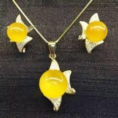 玉博源  天然蜜蠟圓珠套裝 吊墜耳飾  滿蠟雞油黃無優化  925銀鍍K黃金