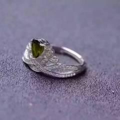 玉博源  绿碧玺戒指  顶级绿碧玺  超闪   5*7 裸石尺寸  925银镶  活动圈口