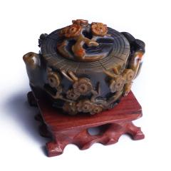 文玩緣布丁 戰國紅瑪瑙梅花巧雕壺  擺件