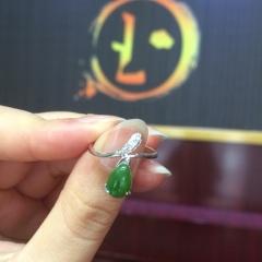 和田碧玉镶嵌戒指开口925银高贵典雅新款菠菜绿带证书镶秒杀包邮